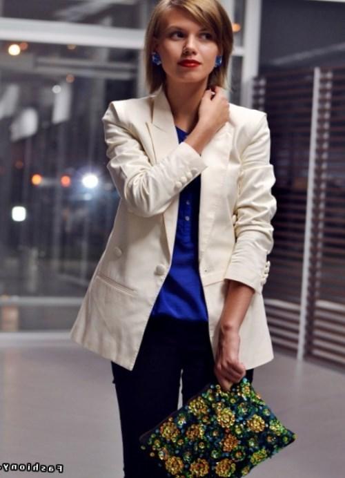Как и с чем носить белый пиджак