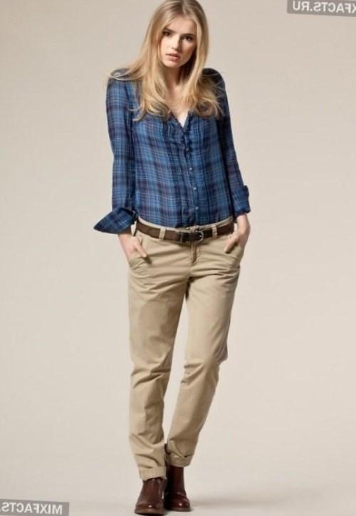 Женские брюки чиносы: кому подходят и как носить