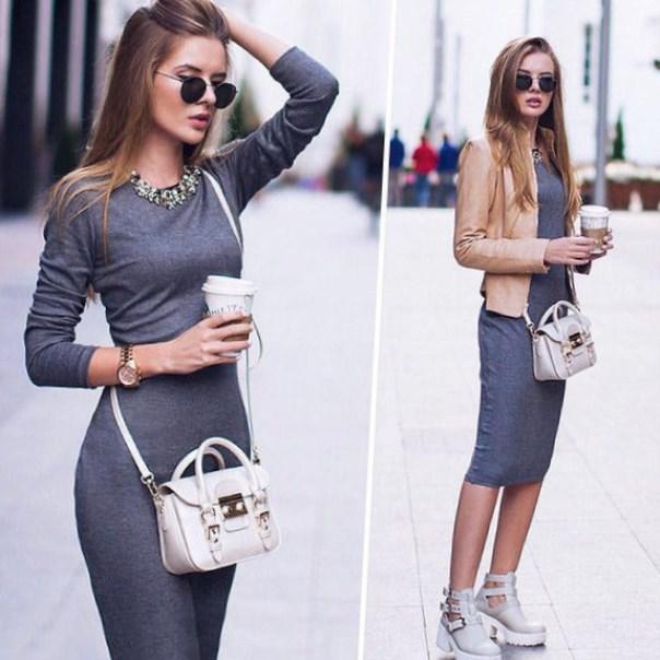 Трикотажное серое платье с чем носить